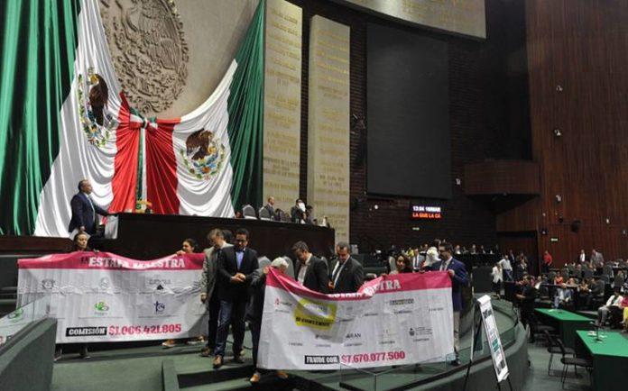 Diputados hallan culpable a Robles de operar red de corrupción en México